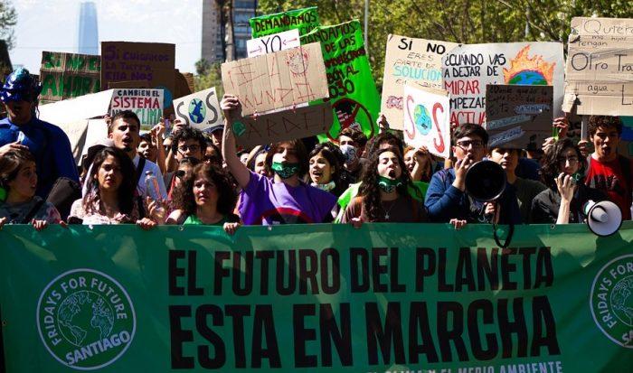 """Activismo ambiental en confinamiento: las """"huelgas digitales"""" de la juventud latinoamericana"""