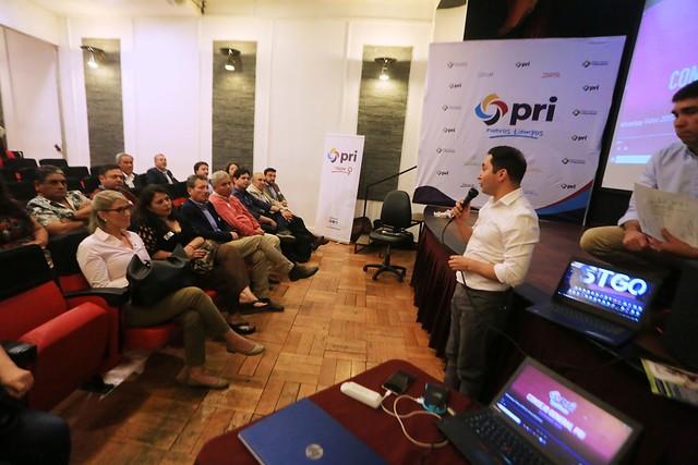PRI presenta propuestas económicas al Gobierno con acento en el retiro paulatino de los fondos de la AFP