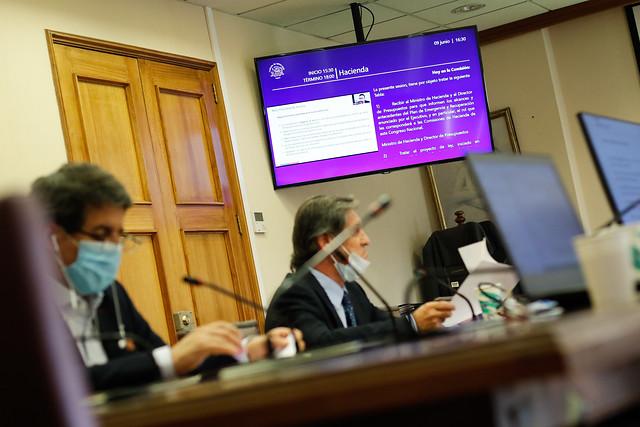 Comisión de Hacienda de la Cámara Baja aprobó proyecto para trabajadores independientes y sube subsidio de $75 mil a $100 mil