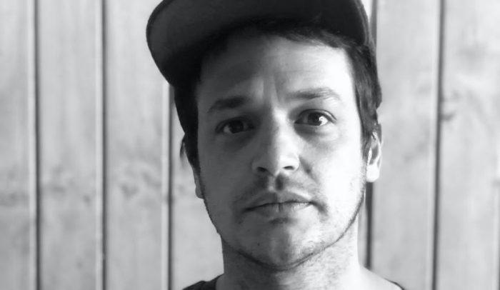 Gaspar Antillo, director de la cinta chilena que se estrena en Netflix, y su amor por los outsiders