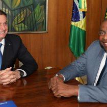 Dimite ministro de Educación de Brasil por entregar falso currículum