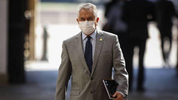 Contra el tiempo: estrategia de nuevo ministro para afrontar coronavirus no tiene margen para el error