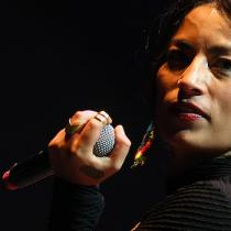 Ana Tijoux se presenta hoy en Etno Fest con música y conversación
