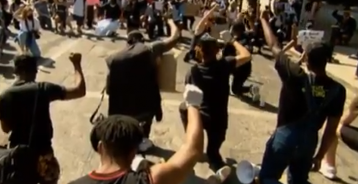 Desde Nueva Zelanda hasta Países Bajos: miles de personas muestran su rechazo hacia la violencia policial y el racismo