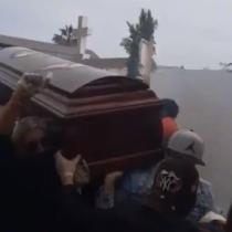 Asistentes de funeral en cementerio de Iquique vulneraron violentamente los protocolos sanitarios
