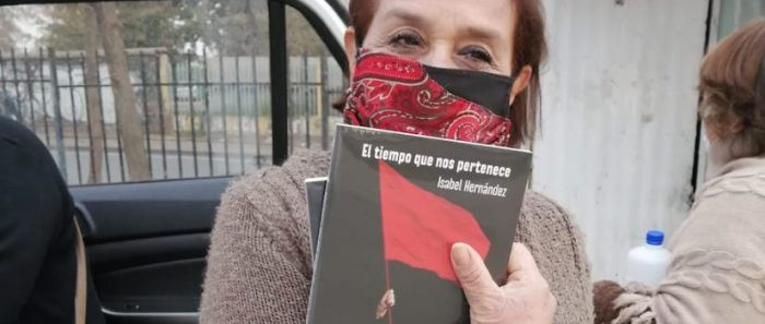 Autoras chilenas inician campaña para llevar libros a los sectores más vulnerables