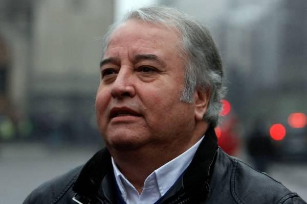 Alcalde de La Cisterna presentó recurso de protección contra autoridades sanitarias por