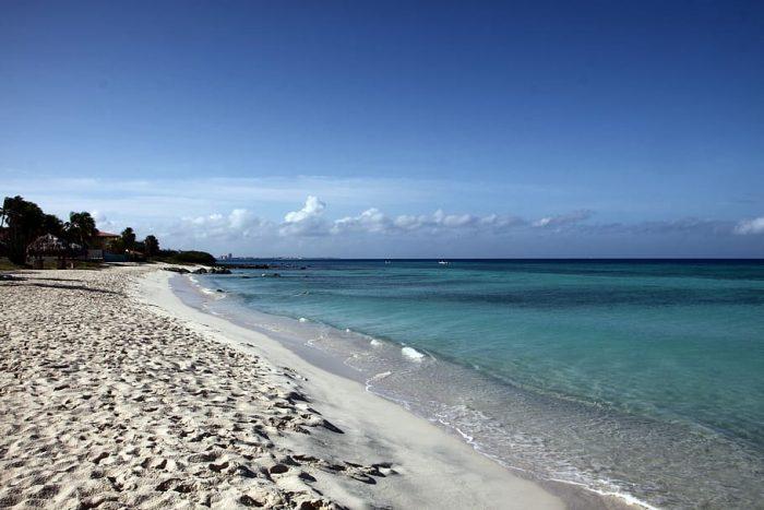 Aruba anuncia protocolos nacionales de salud y seguridad antes de la apertura de fronteras