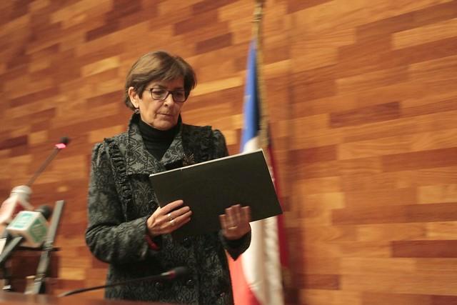 """En medio de la pugna entre Piñera y el Congreso, la presidenta del TC sale a pedir """"respeto integral a la Constitución"""""""