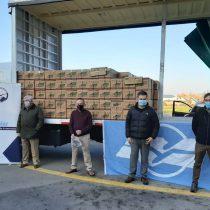Donan 400 cajas de alimentos y alcohol gel a Los Andes