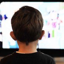 Informe del CNTV sobre consumo de televisión resalta aumento de visionado en niños, niñas y adolescentes