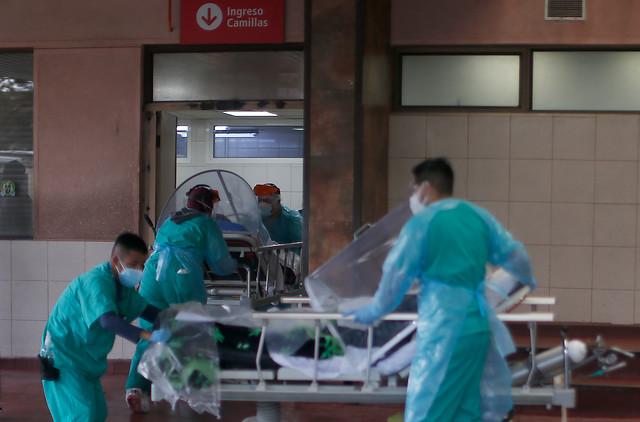 Ministerio Público versus el Minsal: Abbott oficia a Mañalich por dificultades en certificación de muertes por COVID-19 en domicilios