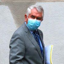 Ministro Paris sale en defensa de las cifras oficiales de la pandemia: