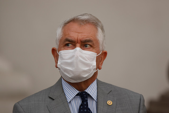 Nuevo Ministro de Salud anuncia querella por injurias y calumnias contra responsables de graves acusaciones en su contra