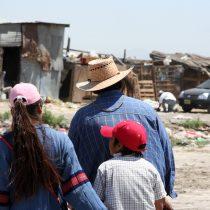 Lanzan campaña para entregar comidas y conectividad digital a los campamentos de Chile