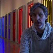"""Iván Navarro desde NY analiza la """"grieta social"""" que impide que la gente incorpore el arte a su vida cotidiana"""