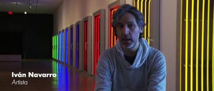 """Iván Navarro desde NY analiza la """"grieta social"""" que impide que la gente incorpore el arte a su vida y lucha cotidiana"""