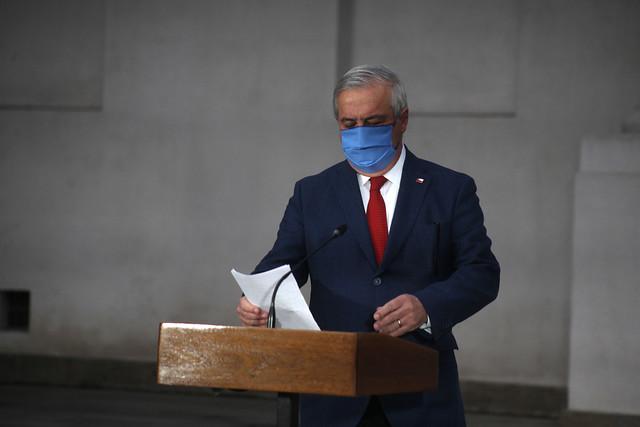 Encuesta Pulso Ciudadano: 78,9% aprueba la salida de Mañalich del ministerio de Salud