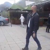 Graban al Presidente Piñera saliendo de un local de venta de vinos: tenía el permiso respectivo