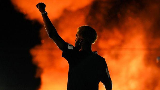 Rayshard Brooks: la nueva muerte de un afroestadounidense a manos de la policía de EE.UU. en medio de la ola de protestas contra el racismo que sacuden al país