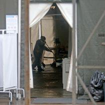 Pacientes fueron trasladados: fuertes lluvias provocaron inundación en carpa del Hospital San José