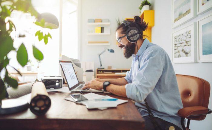 Nueva ley de teletrabajo: cómo implementarlo correctamente en la casa de los colaboradores