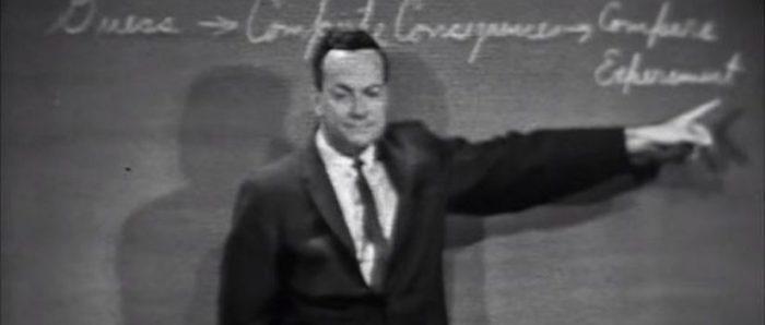 Cuál es la frase más importante de toda la ciencia según el premio Nobel de Física Richard Feynman y por qué