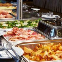 Buffet: cómo el coronavirus está matando lentamente los restaurantes
