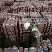 Chile, entre la cautela y la euforia por la subida del precio del cobre