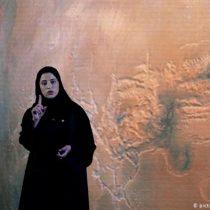 Sarah al-Amiri: la mujer que dirige la misión espacial de los Emiratos Árabes