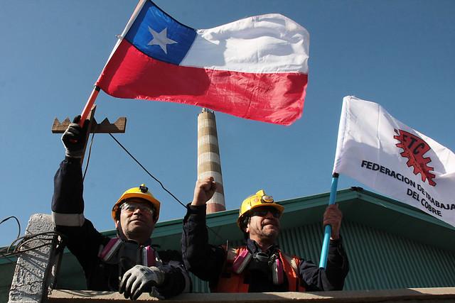 Federación de Trabajadores del Cobre anunció que paralizará Codelco si la UDI insiste en privatizar la estatal