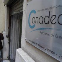 Juzgado Civil de Santiago suspende demanda colectiva de Conadecus contra Latam Airlines por infracciones a la Ley de Protección al Consumidor