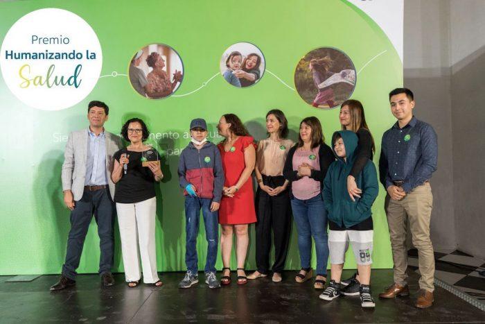"""""""Premio Humanizando la Salud"""" entregará 25 millones a proyectos que mejoren la calidad de vida de los pacientes"""