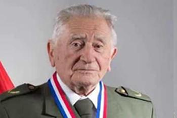 Falleció a los 98 años el padre de Enrique Paris: ministro de Salud suspende actividades