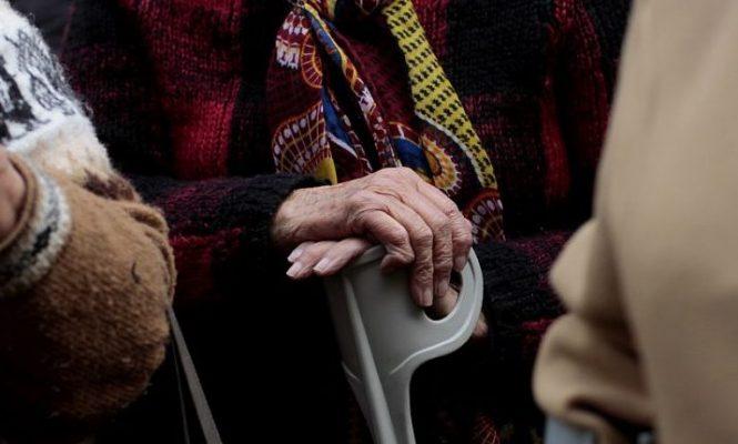 Cuarentenas prolongadas están acelerando la pérdida cognitiva en adultos mayores