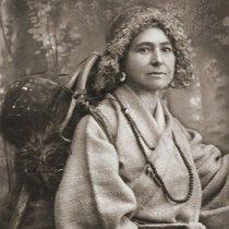 Cita de libros: Alexandra David-Neel, la primera occidental budista que entró en Lhasa a los 55 años tras recorrer 2 mil kilómetros a pie por el Himalaya