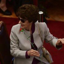 """Una """"mujer sabia y valiente"""": mundo político efectúa un transversal reconocimiento a la figura de Ángela Jeria"""