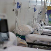 Informe Epidemiológico del Minsal: sólo Puente Alto y Antofagasta superan los mil casos activos