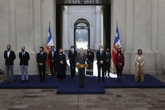 La última carta de La Moneda: Presidente Piñera pone sobre la mesa bonos, préstamo estatal y subsidios para la clase media y