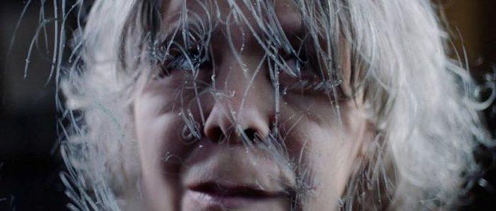 Prosopagnosia: la mujer que hace autorretratos pero no logra reconocer su propio rostro