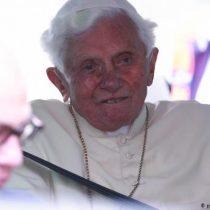 """Benedicto XVI, """"extremadamente frágil"""" de salud"""