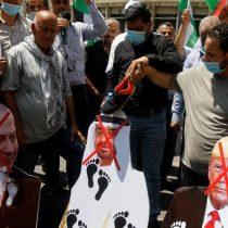 """Irán califica acuerdo entre Israel y Emiratos Árabes Unidos como una """"estupidez estratégica"""""""