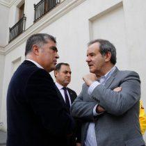 ¿Fuera de control?: los ministros Allamand y Desbordes se resisten a ser actores secundarios