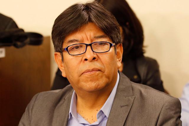 Diputado Velásquez (FRVS) ofició a Ministerio de Educación para que transparente proceso de retorno a clases 2020