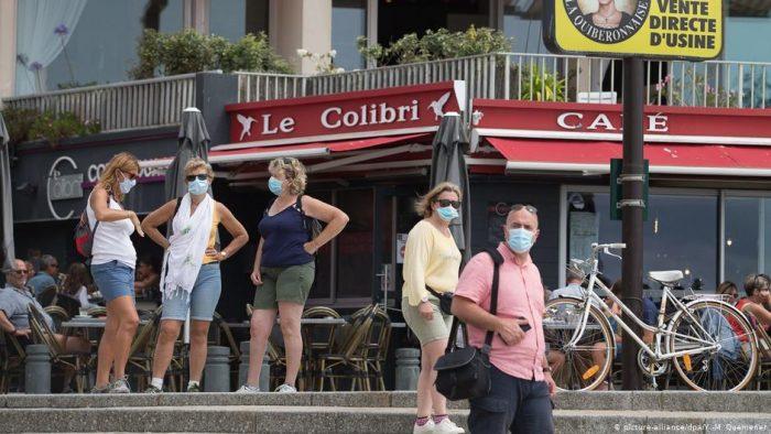 Francia: expertos esperan segunda ola de coronavirus en otoño