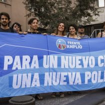 Frente Amplio sale a aclarar que hoy está enfocado en el triunfo del Apruebo ante críticas opositoras a su