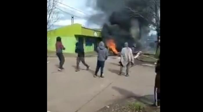 En el marco de la marcha en apoyo a los comuneros mapuche en huelga de hambre: Se registran violentos incidentes en la comuna de Collipulli