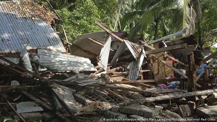 Un potente terremoto sacudió el centro de Filipinas