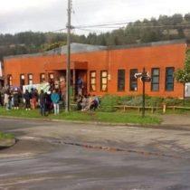 """""""Sin provocación previa"""": Jesuitas denuncian detención de sacerdote y dos comuneros mapuche por parte de Carabineros en Tirúa"""