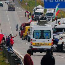 Las primeras consecuencias visibles del paro de camioneros: preocupación por desabastecimiento, camiones de basura atrapados, y los primeros quiebres entre las bases y los dirigentes del sector